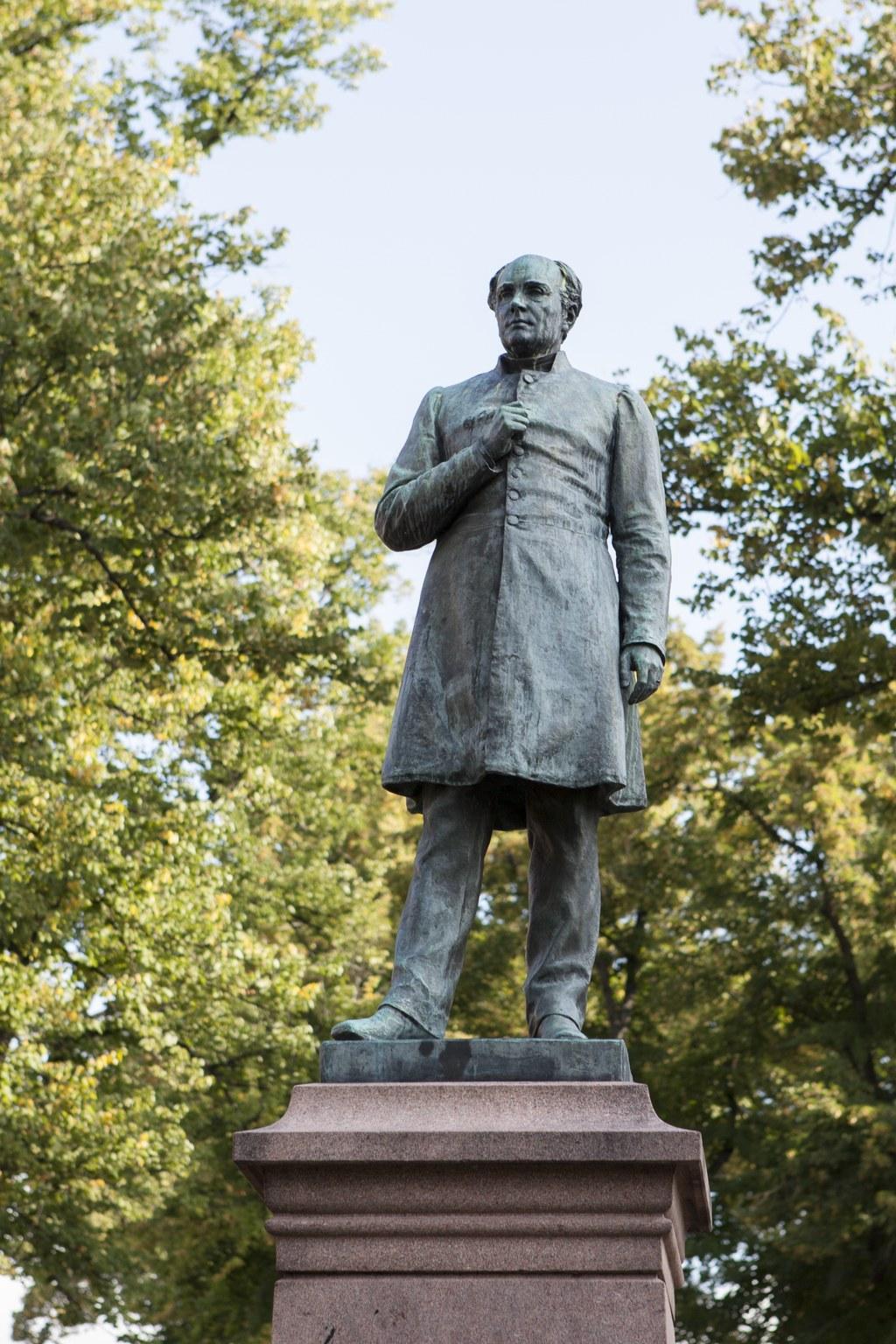 J. L. Runebergin patsas Porvoossa