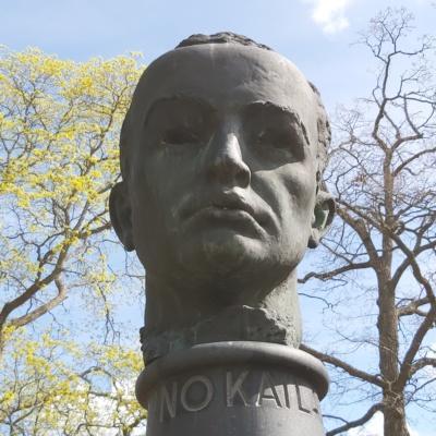 Uuno Kailaan patsas