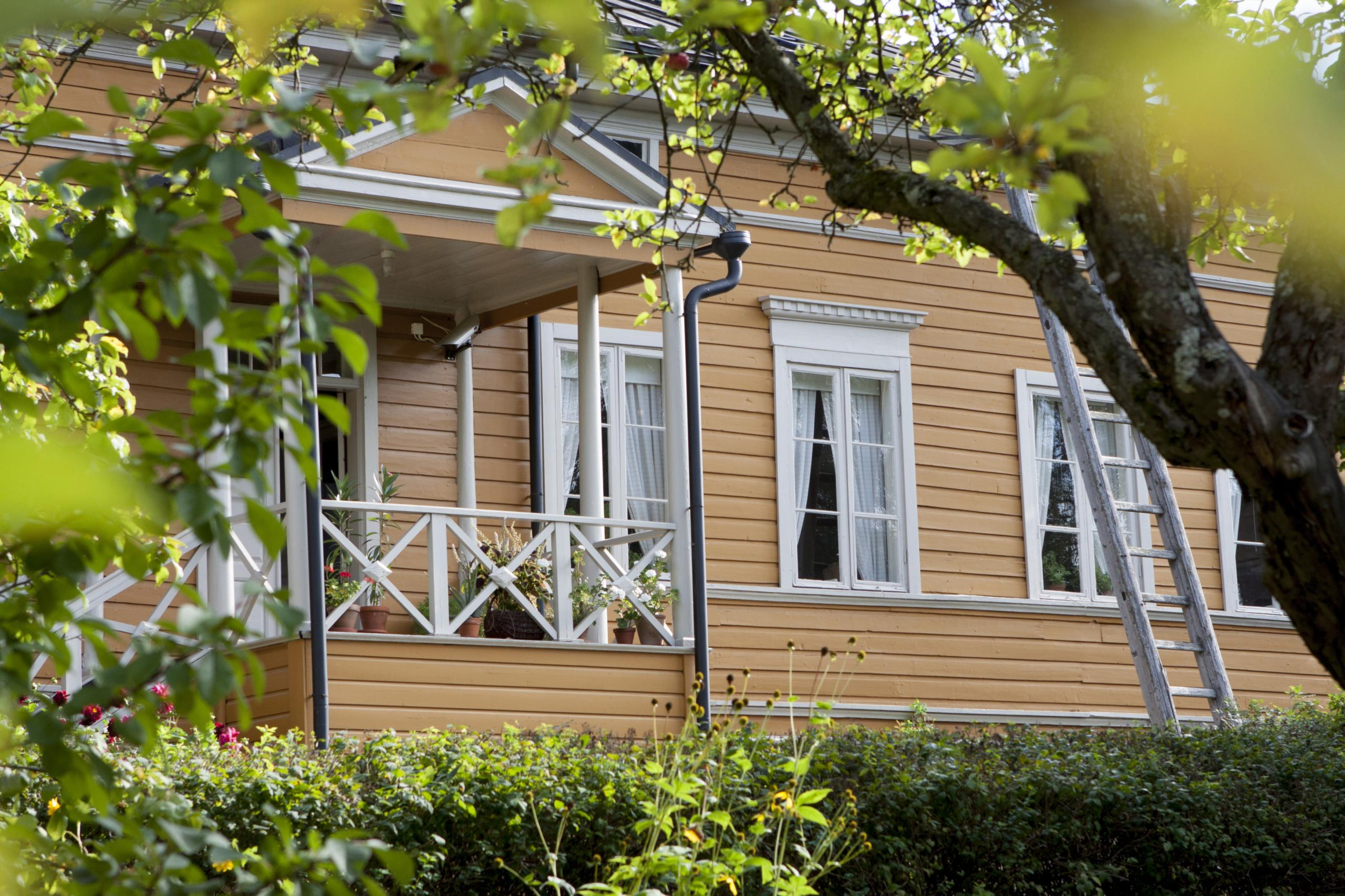 https://kansallisetkaupunkipuistot.fi/wp-content/uploads/2020/05/Runeberginkoti_Matilda-Isohella_Porvoo-scaled.jpg